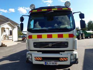VOLVO FL 240 4x2 nosturiauto